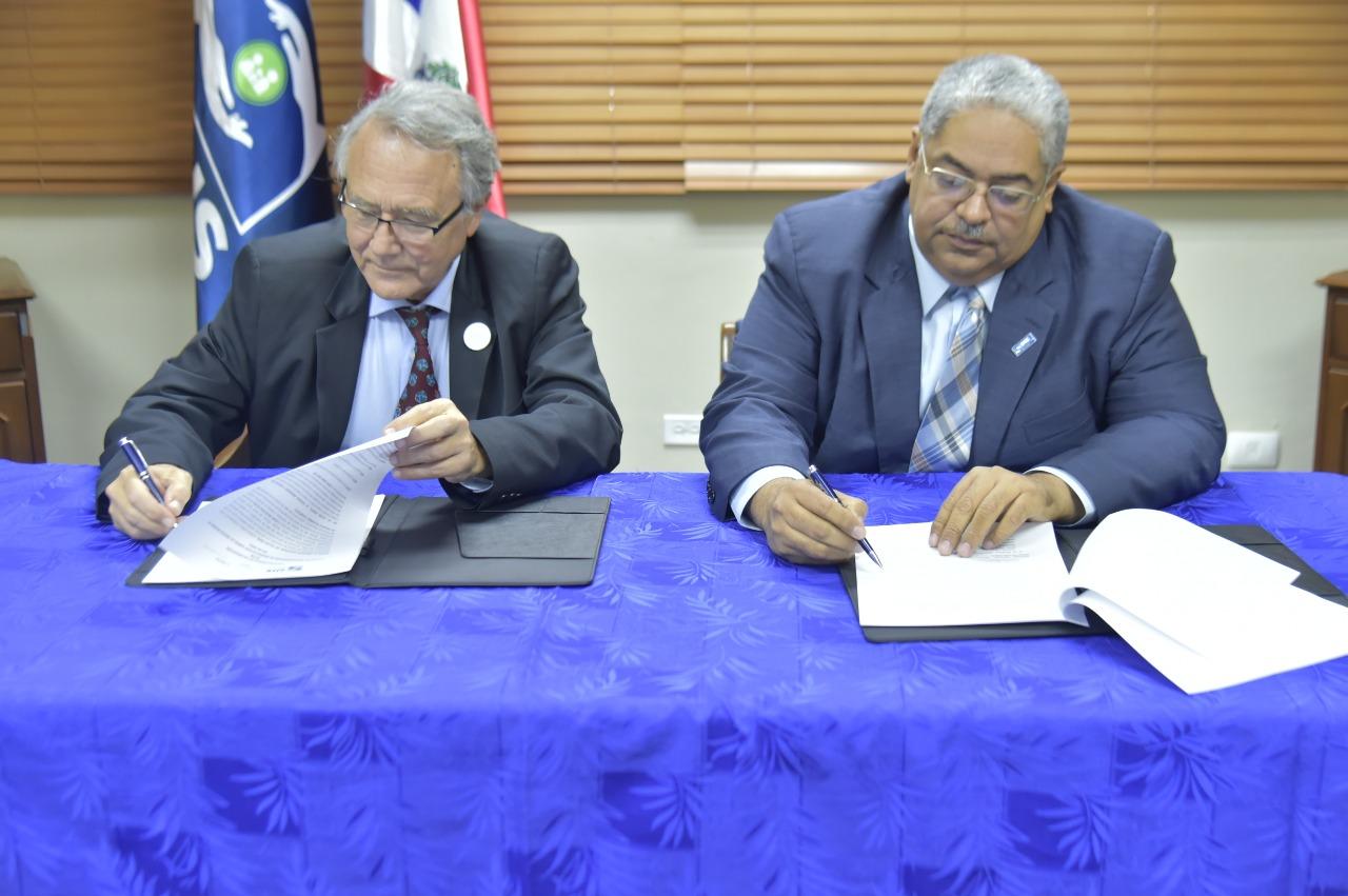 SNS firma acuerdo con Sociedad Iberoamericana de Neonatología para capacitar personal de salud neonatal