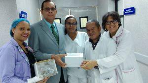 El SNS atravès de la Regional el Valle hace entrega de manòmetros de presiòn a Hospital Regional Dr. Alejandro Cabral