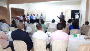 Gerente Regional de Salud El Valle realiza Taller con Directores y Gerentes De Área para socializar Indicadores de Recursos Humanos y reubicación del Personal