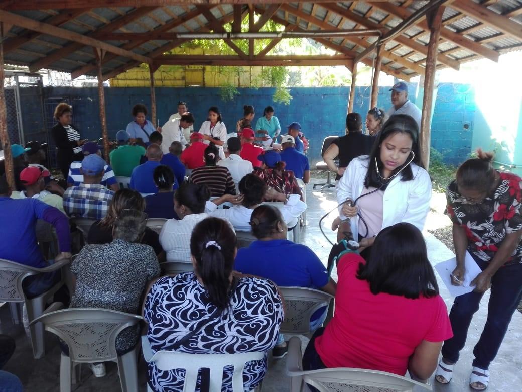 Regional de Salud El Valle Realiza Jornada de Tamizaje y Vacunación a empleados de INAPA
